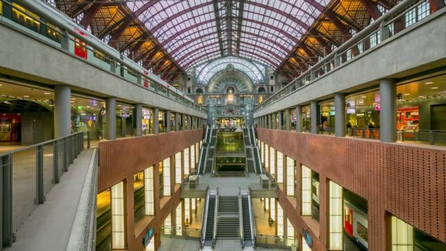 Gare centrale d'Anvers.