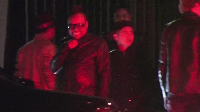 stockvideo's en b-roll-footage met apldeap at the agency in hollywood ca on 1/24/2012 - apl.de.ap