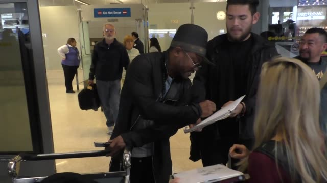 apldeap from the black eyed peas at los angeles international airport at celebrity sightings in los angeles on april 08 2016 in los angeles california - the black eyed peas band stock videos and b-roll footage