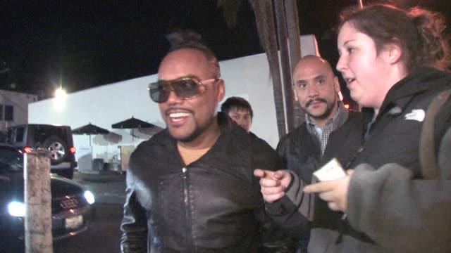stockvideo's en b-roll-footage met apldeap outside voyeur at the celebrity sightings in los angeles at los angeles ca - apl.de.ap