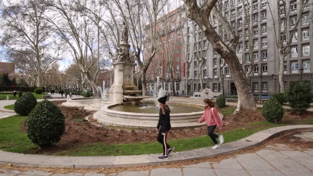 14 Paseo Del Prado Madrid Video Clips Footage Getty Images