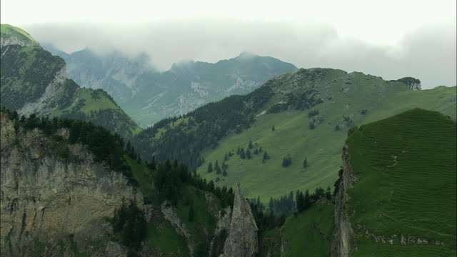aerial appenzell mountains over rhine valley, appenzell, switzerland - rhein stock-videos und b-roll-filmmaterial