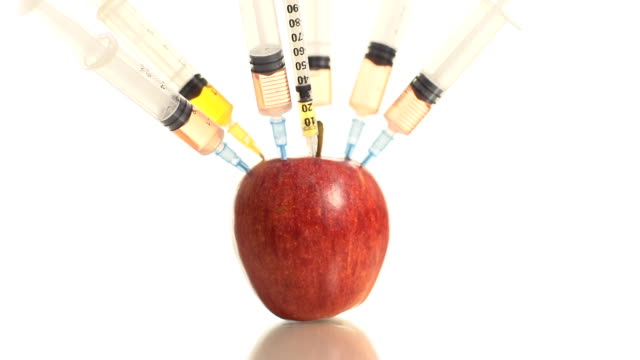 HD DOLLY: Apfel mit Spritzen