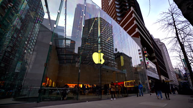 apple store at broadway upper west side - apple store stock videos & royalty-free footage