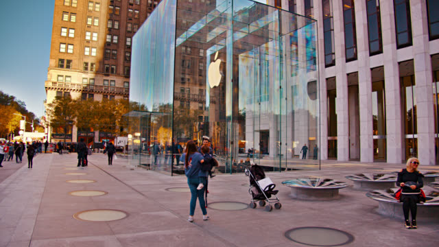 apple store fifth avenue. new york - apple store stock videos & royalty-free footage