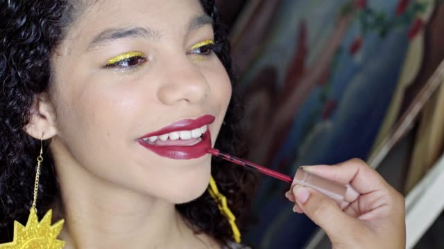 applying red lipstick - red lipstick stock videos & royalty-free footage