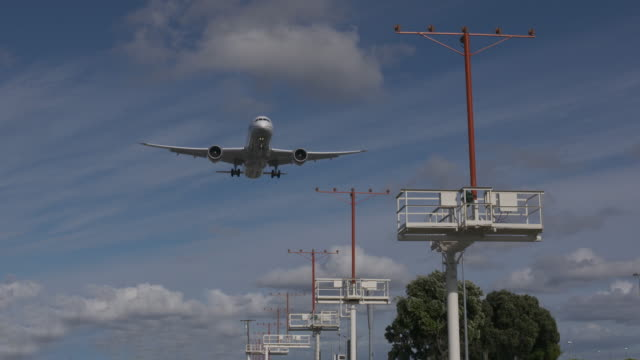 approach for landing - boeing 787 stock videos and b-roll footage