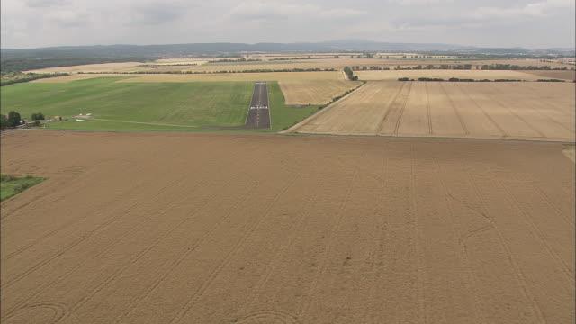 approaching ballenstedt airfield - geschützte naturlandschaft stock-videos und b-roll-filmmaterial