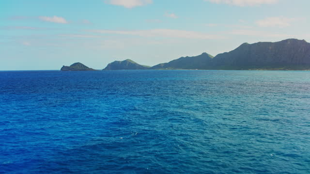 aerial approaching manana island off the coast of oahu, hawaii - pacific islands stock videos & royalty-free footage