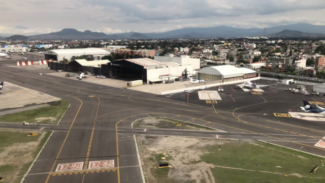 approaching mexico city airport - airplane part stock videos and b-roll footage