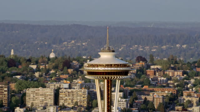 aerial approaching the space needle observation tower - space needle stock videos & royalty-free footage