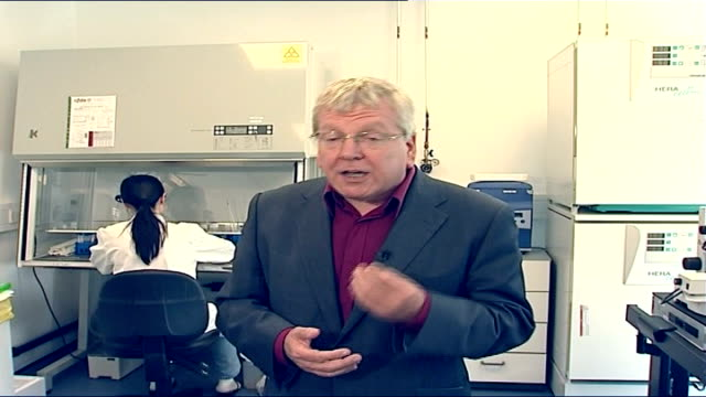 stockvideo's en b-roll-footage met hfea approve human/animal embryo creation for research reporter to camera - animal creation