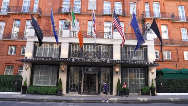 april 05: claridge's hotel might have shut its doors to the public for the first time in its 200-year history last week, but it's made an exception... - claridge's stock videos & royalty-free footage