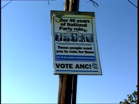 april 27 1994 zi anc campaign sign during the first allrace election / johannesburg gauteng south africa - anno 1994 video stock e b–roll