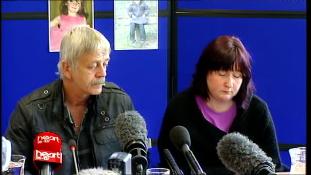 Mother makes appeal WALES Aberystwyth PHOTOGRAPHY** Coral Jones Dai Smith and Detective Superindent Reg Bevan arriving at press conference Detective...