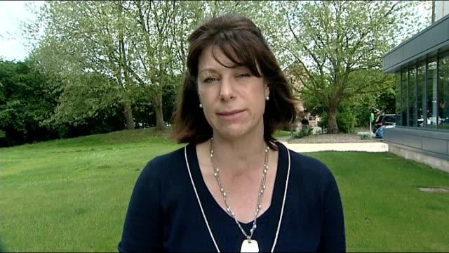 stockvideo's en b-roll-footage met parents anguish / call for tighter controls by internet companies england ext claire perry mp interview sot this isn't a partisan issue / cross party... - kinderporno