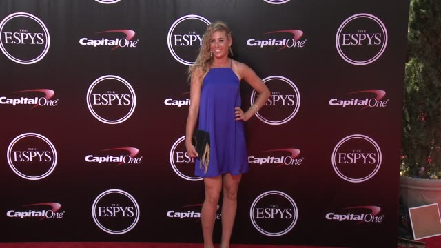 vídeos de stock, filmes e b-roll de april ross at the 2016 espy awards at microsoft theater on july 13 2016 in los angeles california - espy awards