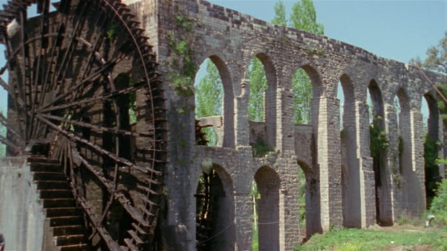 WS, aqueduct with water wheels, Hama, Syria