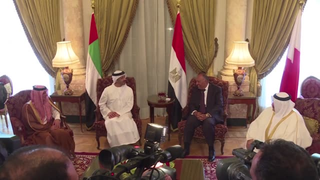stockvideo's en b-roll-footage met arab states that have cut ties with qatar meet in cairo on wednesday to discuss their next move in the gulf diplomatic crisis after doha said their... - perzische golf