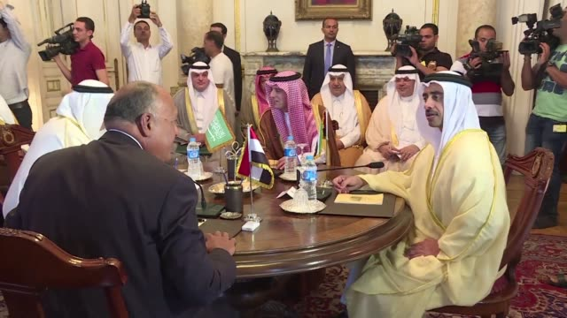 arab states that have cut ties with qatar meet in cairo on wednesday to discuss their next move in the gulf diplomatic crisis after doha said their... - golfstaaten stock-videos und b-roll-filmmaterial