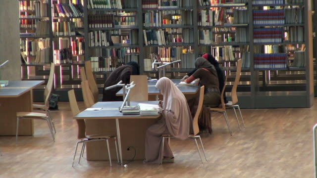 ws arab women studying in library, alexandria, egypt - egypt stock videos & royalty-free footage