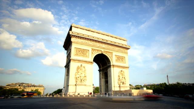 vídeos y material grabado en eventos de stock de arc de triomphe paris - arco triunfal