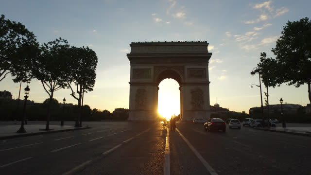 arc de triomphe sunrise on may 11 2020 in paris france france has started a progressive relaxation of its foreclosure measures and restrictions in... - four people stock videos & royalty-free footage