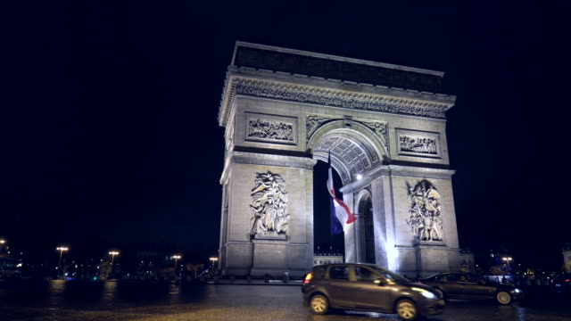 arc de triomphe - arc de triomphe paris stock videos & royalty-free footage