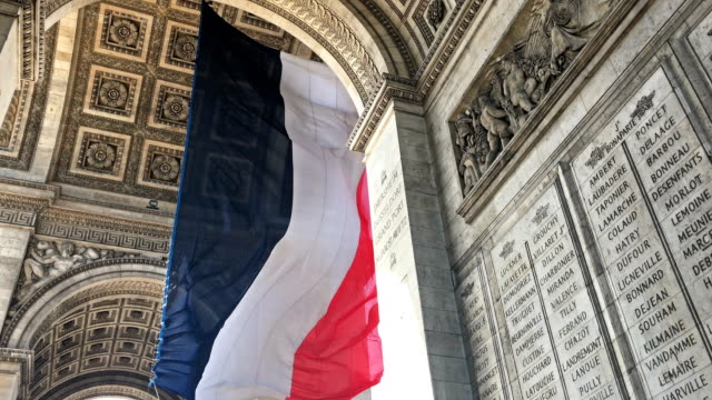 arc de triomphe - french flag stock videos & royalty-free footage