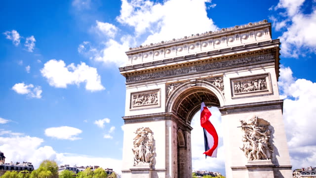 arc de triomphe with french flag - french flag stock videos & royalty-free footage
