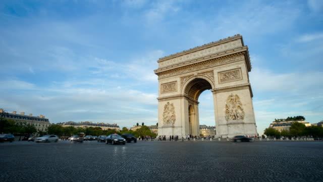 arc de triumph, paris france time lpase - arc de triomphe stock videos and b-roll footage
