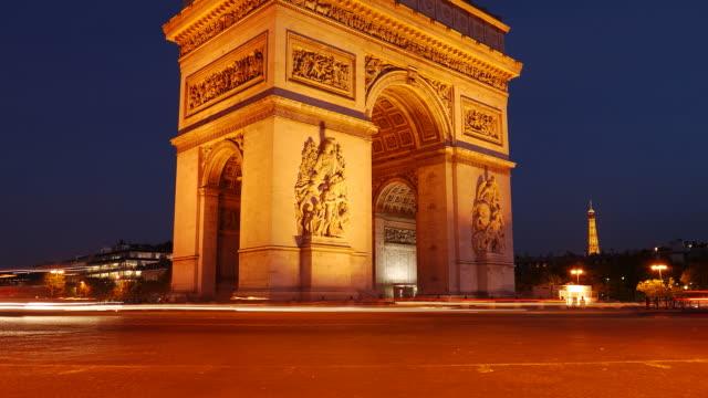 arc de triumphe sera time-lapse in hd 1080 - governo video stock e b–roll