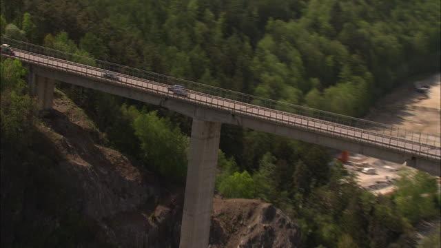 vídeos y material grabado en eventos de stock de arch bridge south tyrol, italy - alto adigio
