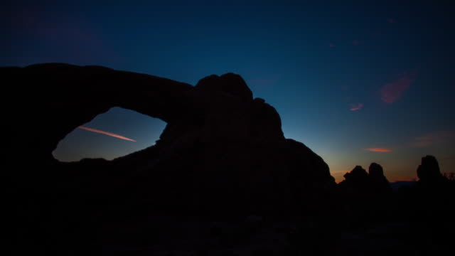 Arch Timelapse Night to Sunrise. Moab.