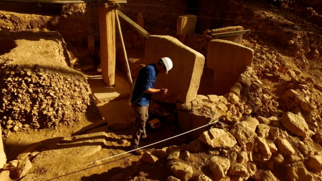 Archaeologist Dr Ing Moritz Kinzel works at the Gobekli Tepe archaeology site on September 19 2018 in Sanliurfa Turkey Since it's discovery The...