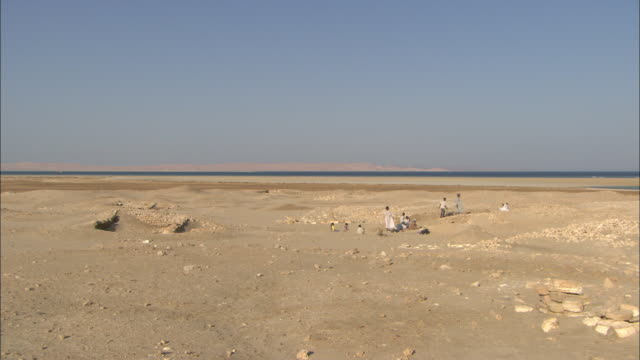 archaeologists explore the sparse remains of berenike, egypt. - archaeologist stock videos & royalty-free footage