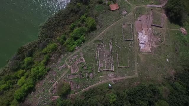 vídeos de stock, filmes e b-roll de archaeologists have unearthed a prehistoric cult complex in durankulak lake, in the north east of bulgaria, some 450 km from the capital sofia, which... - new age