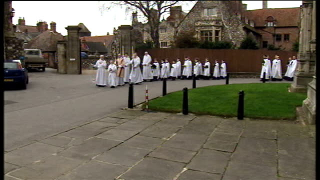 archbishop of canterbury arrives for christmas day service at canterbury cathedral england kent canterbury cathedral ext clergy and church officials... - clergy stock videos & royalty-free footage