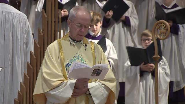 archbishop of canterbury christmas day sermon 2020; england: kent: canterbury cathedral: justin welby christmas day sermon sot . - therefore, even at... - valley stock videos & royalty-free footage