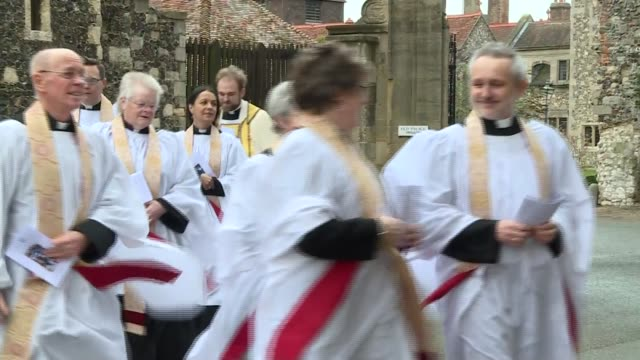 Archbishop of Canterbury Christmas Day sermon arrivals ENGLAND Kent Canterbury Canterbury Cathedral EXT People waiting outside / procession of clergy...