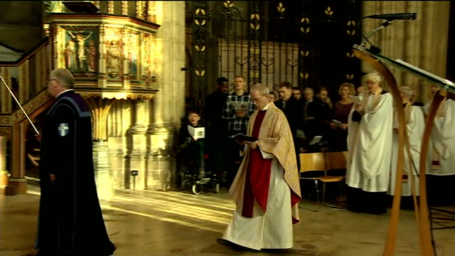 archbishop of canterbury christmas day sermon; england: kent: canterbury cathedral: int archbishop of canterbury justin welby along to deliver... - canterbury cathedral stock videos & royalty-free footage