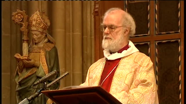 archbishop of canterbury christmas day sermon rowan williams in pulpit and singing during service sot - archbishop of canterbury stock videos & royalty-free footage
