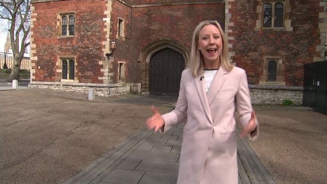 vidéos et rushes de archbishop of canterbury discovers his biological father is not gavin welby; england: london: lambeth palace: reporter to camera rt reverend graham... - lambeth