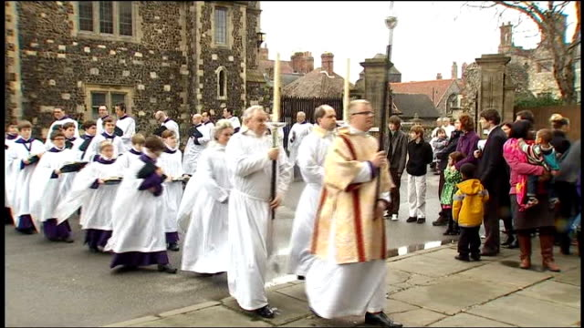 archbishop of canterbury says gay bishops must be celibate; r04041001 england: kent: canterbury cathedral: ext dr rowan williams along with others as... - canterbury cathedral stock videos & royalty-free footage