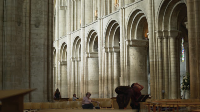 ms arches in nave of ely cathedral - natural arch stock videos & royalty-free footage