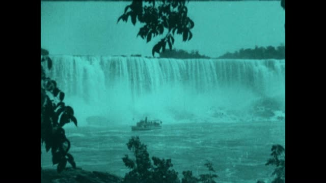 archival footage of the singlestack steamer boat as it approaches horseshoe falls at niagara falls in the mid 1920's - niagara falls stock videos & royalty-free footage