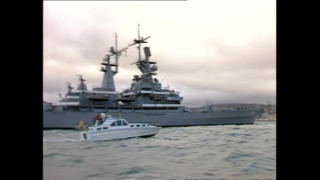 archive footage of nuclear ship uss texas arriving in wellington harbour - 1983 stock videos & royalty-free footage
