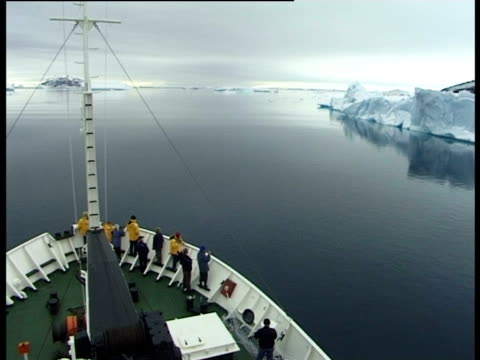 arctic sea from boat mast, paulet island, antarctic peninsula, antarctica - antarctic peninsula stock videos & royalty-free footage