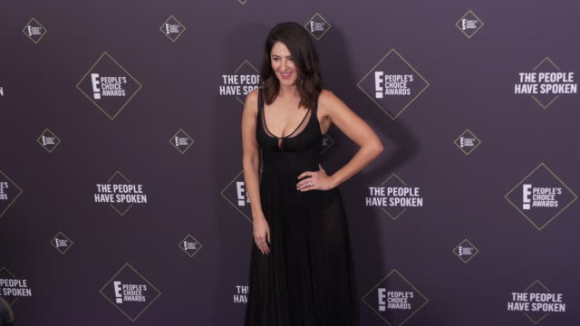 arcy carden at the 2019 e! people's choice awards at barker hangar on november 10, 2019 in santa monica, california. - people's choice awards stock videos & royalty-free footage