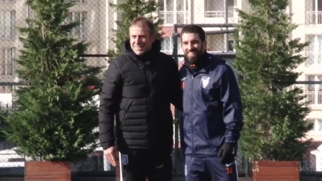 Arda Turan attends a training session of Medipol Basaksehir in Istanbul Turkey on January 15 2018 Turkish midfielder Arda Turan has signed with Super...